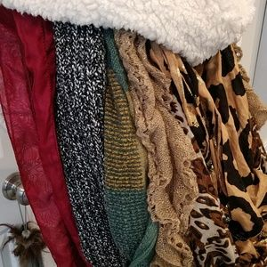 8 INFINITY SCARVES, SHORT & LONG & GREAT COLORS